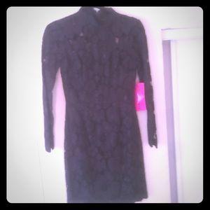 Betsey Johnson black lace long sleeve dress size 4
